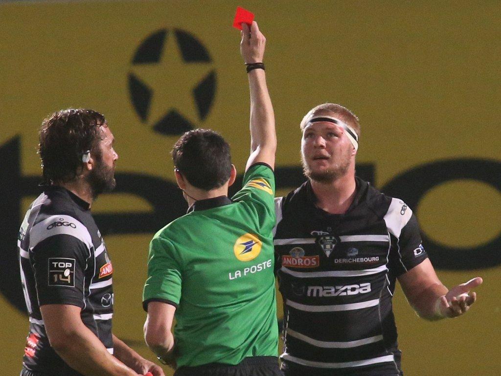 The key moment as Brive forward Peet Marais is sent off