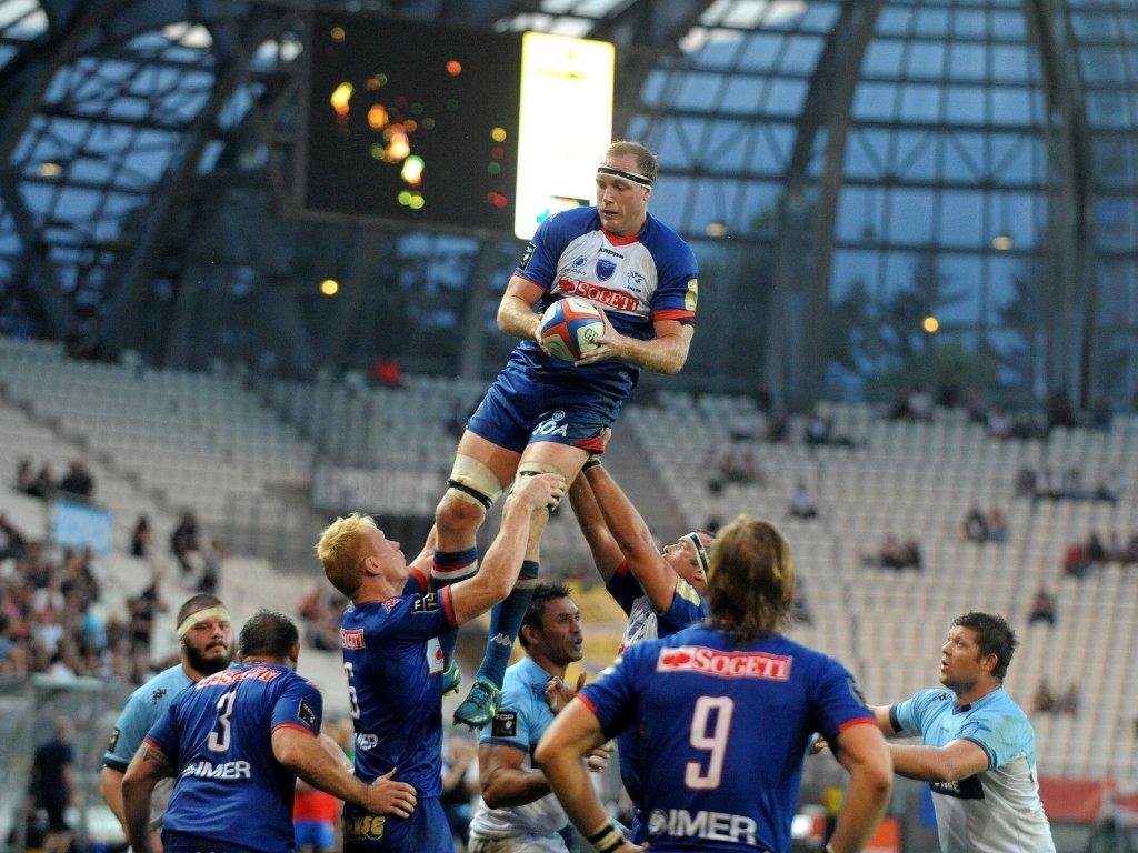 Ben Hand rises highest for Grenoble