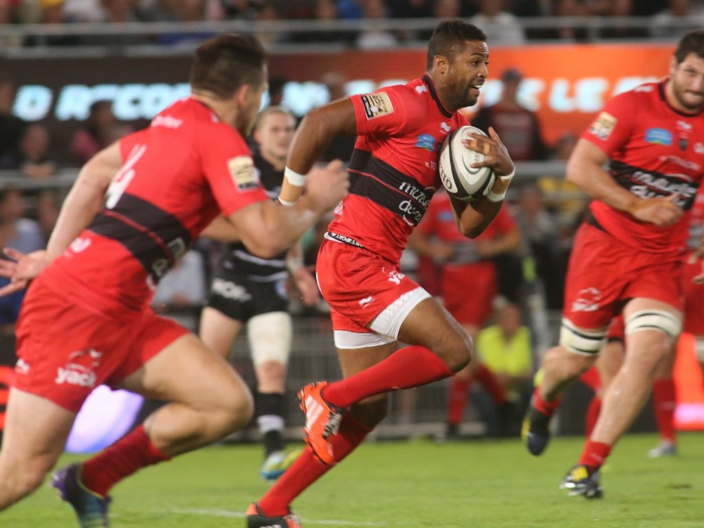 Delon Armitage in full flight during Toulon's rout of Brive