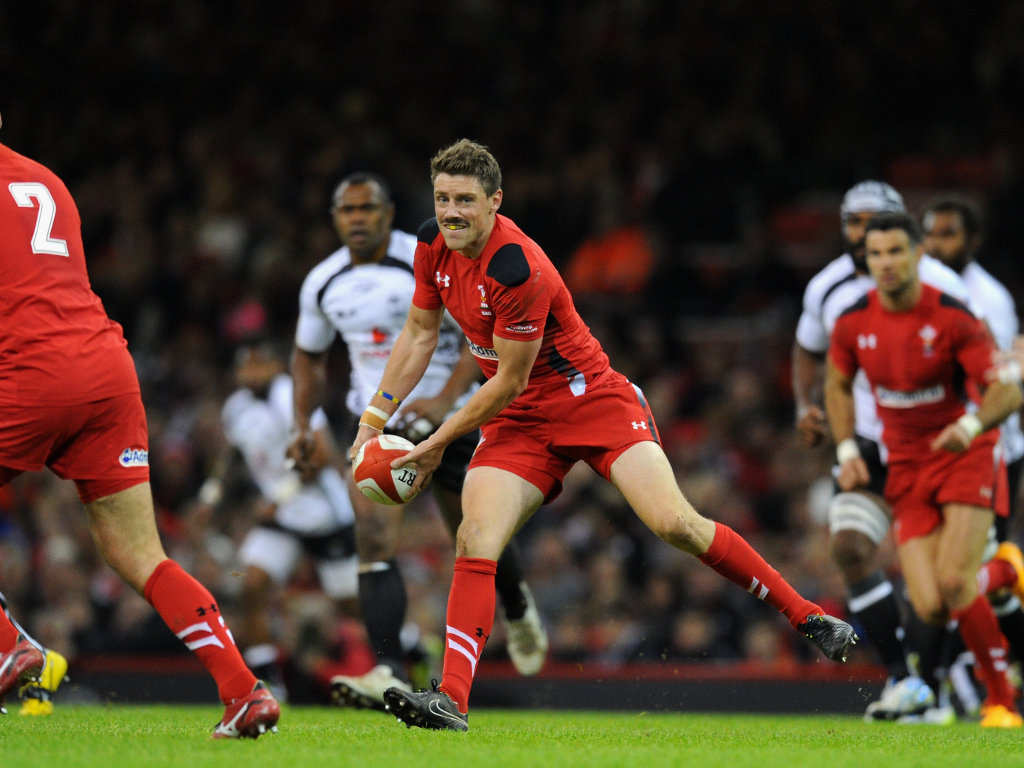 Spreading the ball: Rhys Priestland