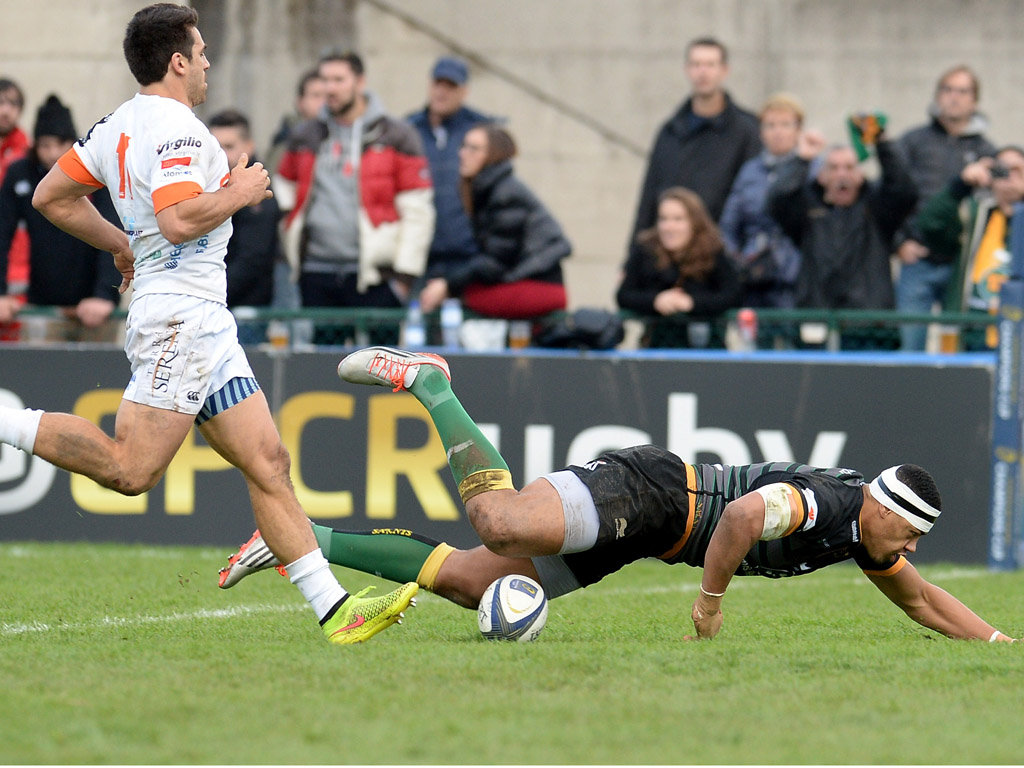 Luther Burrell added another try for Saints