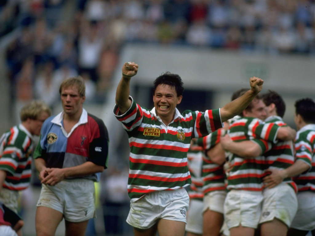 1993 Rory Underwood of Leicester celebrates next to a dejected Peter Winterbottom Harlequins Pilkington Cup Final