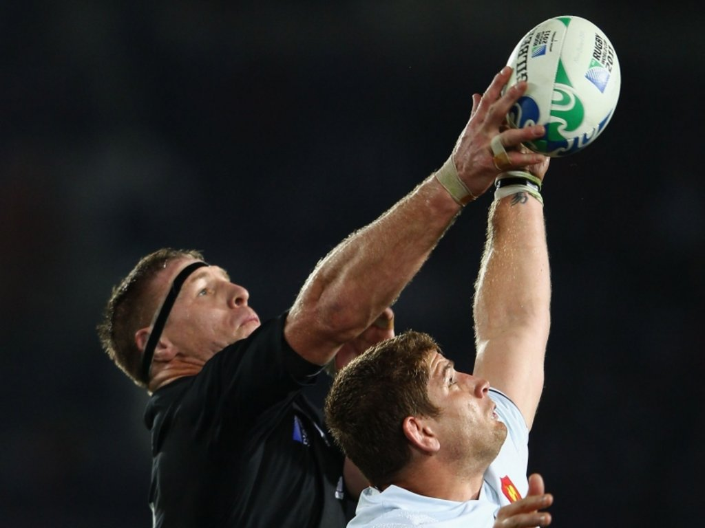 Brad Thorn and Pascal Pape: It's mine!