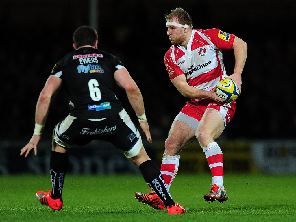 Ready to offload: Matt Kvesic of Gloucester