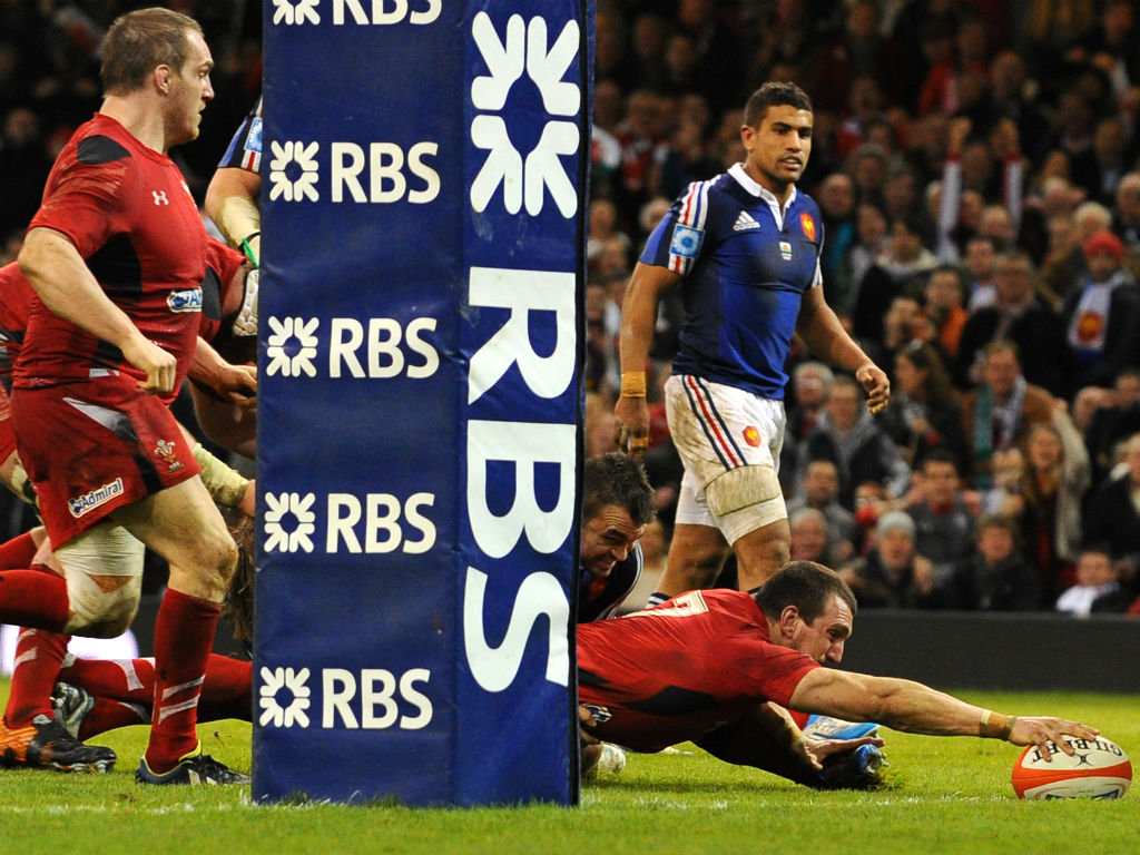 Sam Warburton crosses the whitewash during Wales' triumph over France